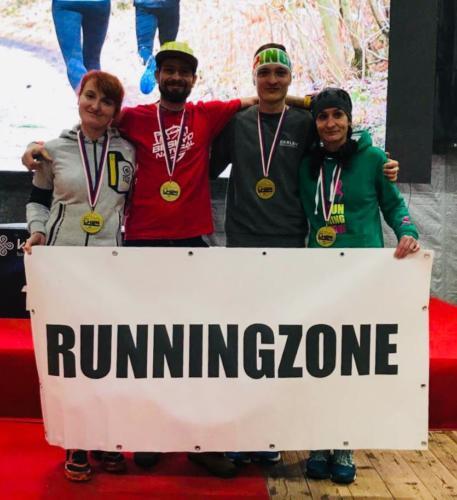 LH 24! Martina Dvořáková & Anna Hovořáková s medailemi za 1. místo v ženách celkově! Tomos Klimos & Dominik Chlupáč 1. místo ve své kategorii, celkově 2. místo v kategorii muži!